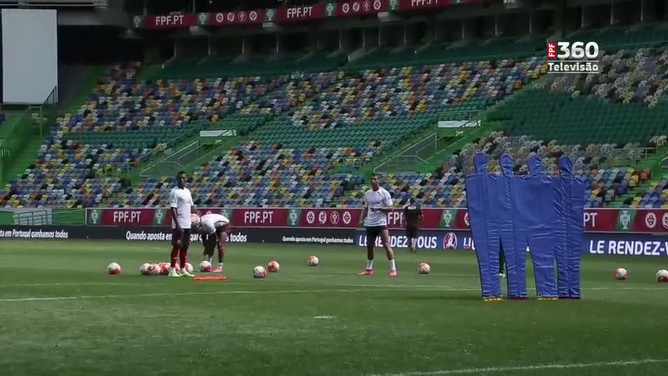 Nani, Quaresma ve Ronaldo'dan m�thi� frikikler