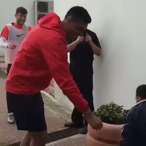 Cardozo'ya yumruk