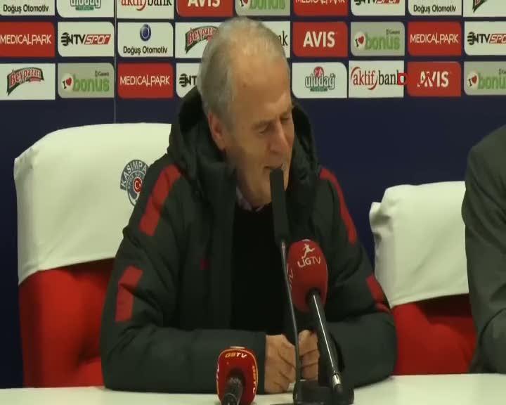 Mustafa Denizli 1 puandan memnun