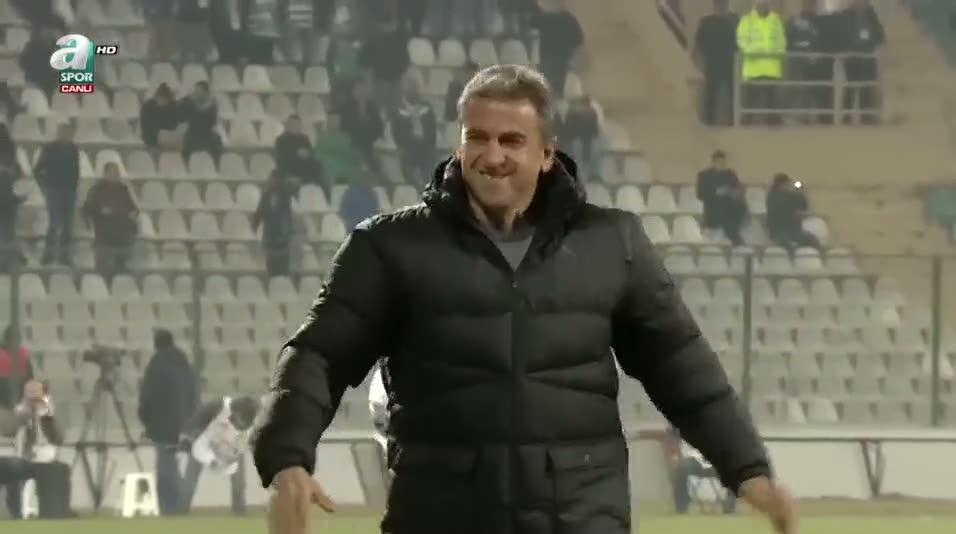 Bursaspor taraftarının Hamzaoğlu sevgisi