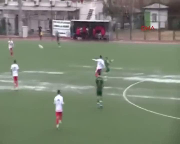 Amatör maçta jeneriklik gol