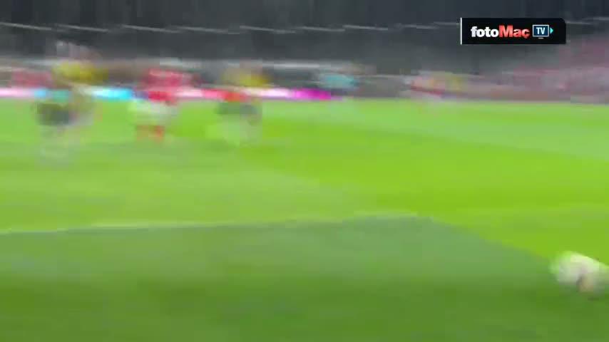Braga'nın Fenerbahçe'ye ofsayttan attığı gol