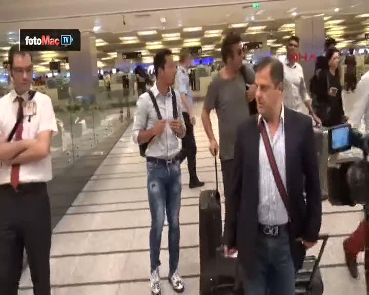 Be�ikta�'�n yeni transferi Adriano, �stanbul'da