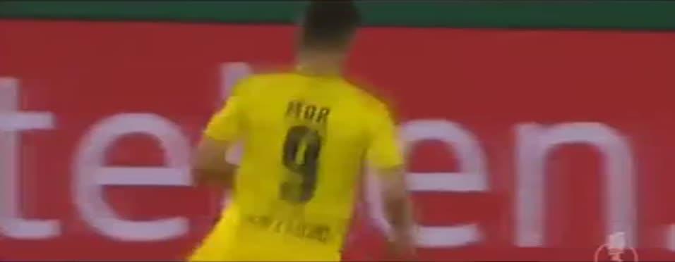Emre'den Messi'yi k�skand�racak çal�mlar