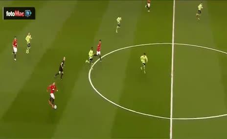 Premier Lig'in en g�zel gol� Van Persie'den