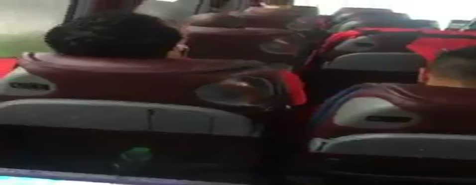 Trabzonspor takım otobüsünden neşeli görüntüler