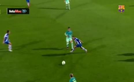 Dişi Messi'den akıl almaz gol