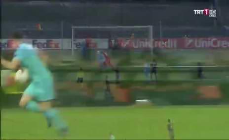 Feyenoord maçında Fenerbahçe'nin penaltısı verilmedi