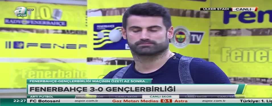 Ümit Özat'tan Volkan Demirel'e el şakası