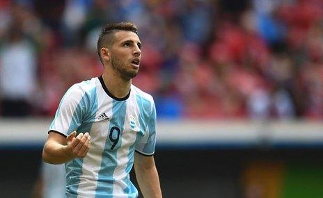 Arjantinli forvet G.Saray'a