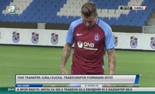 Trabzonspor yeni sezon formalarını Kucka'yla tanıttı