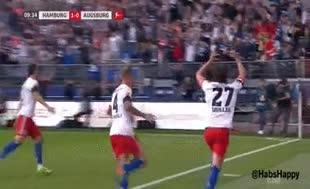 Gol sevinci pahalıya patladı!