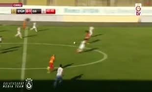 Feghouli G.Saray'daki ilk golünü attı
